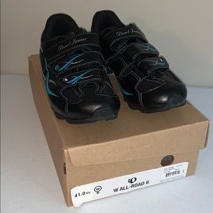 NWT Spin Shoes